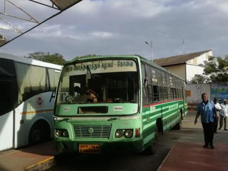 Coimbatore bus mirror broken