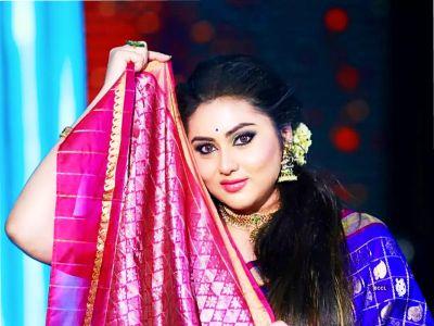 நமீதா புதிய OTT தளமான 'நமீதா தியேட்டர்' ஐ அறிமுகப்படுத்தினார்