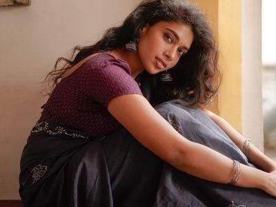 வரிக�க�திரை போன�ற� நீச�சல� உடையில� சார�பட�டா நடிகை த�ஷாரா...